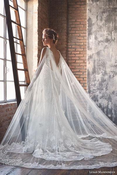 578ee9f0477 свадебное платье со шлейфом спб