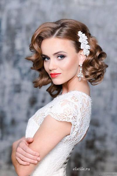 прически на короткие волосы фото свадебные