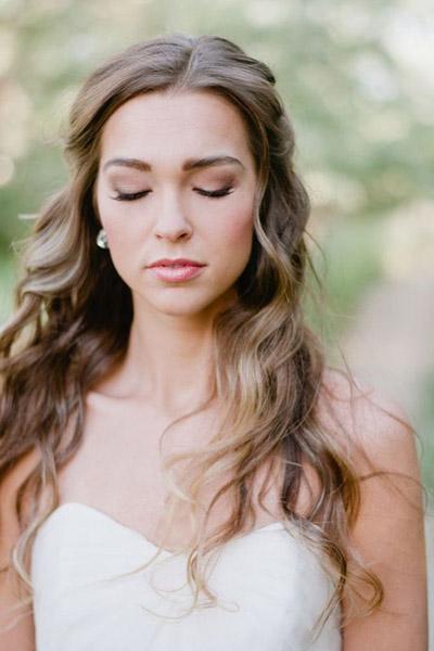 прически свадебные простые фото